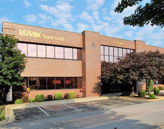 RE/MAX State Line office building